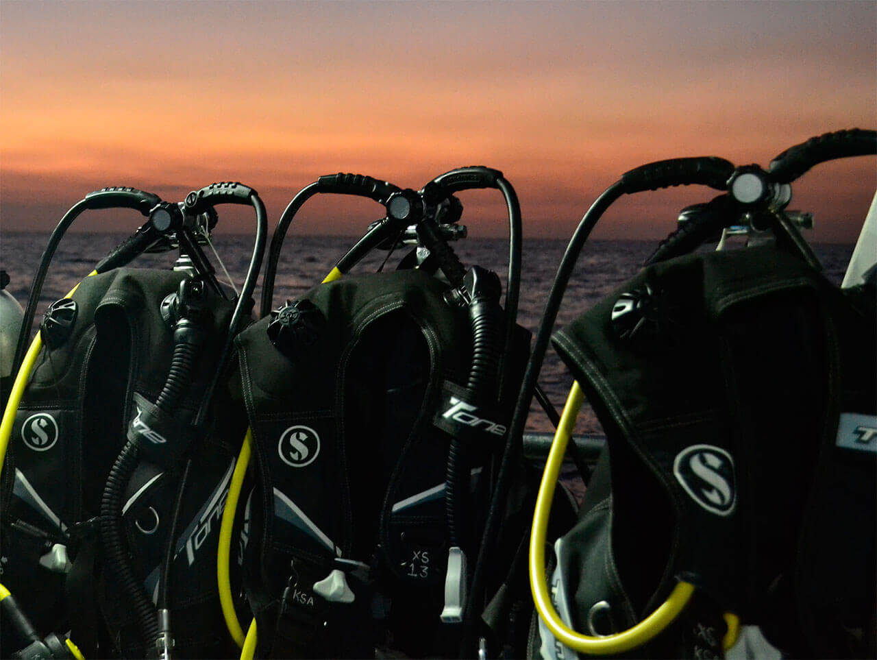 Rental equipment for liveaboard diving